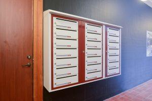 Miljøbilde av systempostkasser